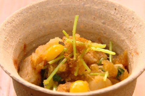 サトイモとトリのおろし煮