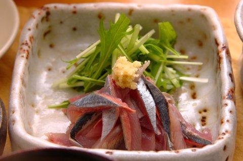 秋刀魚のおさしみ