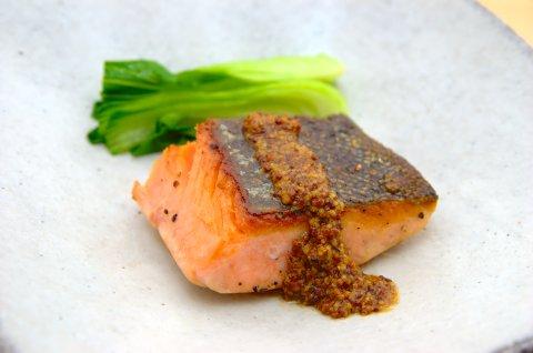 鮭のマスタードソース